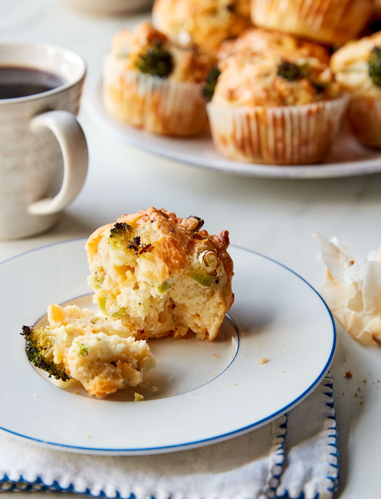 EasyFrugal_BroccoliCheddarMuffins_2640